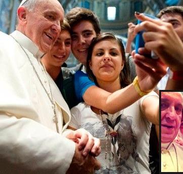 papa-francisco-selfie-foto