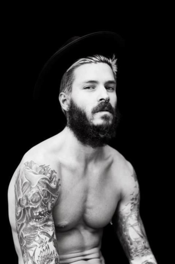 masculine-beard-styles-for-men-to-try-in-2015-45
